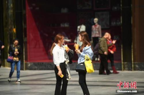 北京周三气温将达29℃ 有轻度霾转至中度霾