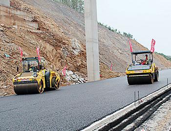 龙青高速预计提前两月通车 潍莱高铁平度段开工