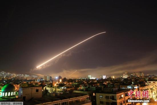 叙防空系统击退导弹袭击:无人员伤亡和设施损毁