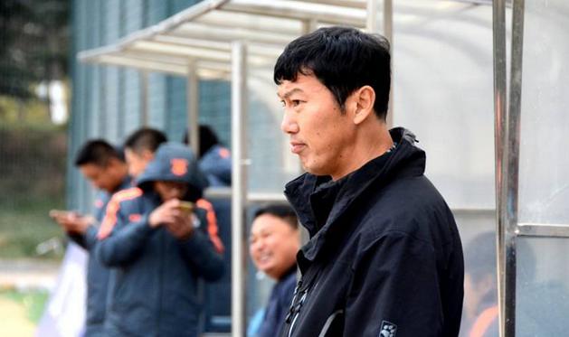 山东滨州一足球俱乐部投资商撤资 欠薪两月无奈放假