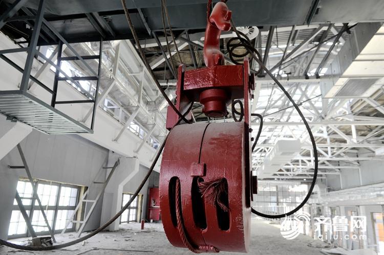 车间保留部分轧钢厂车间设备.jpg
