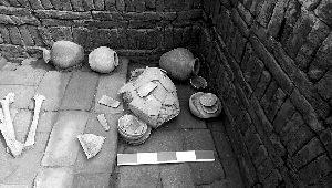北京考古新发现汉代窑址 摆放整齐青砖极为少见