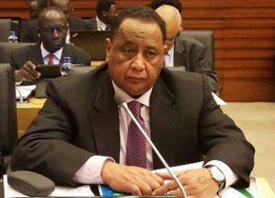 """只因为驻外外交官""""讨工资""""?苏丹外长被总统""""闪电""""解职"""