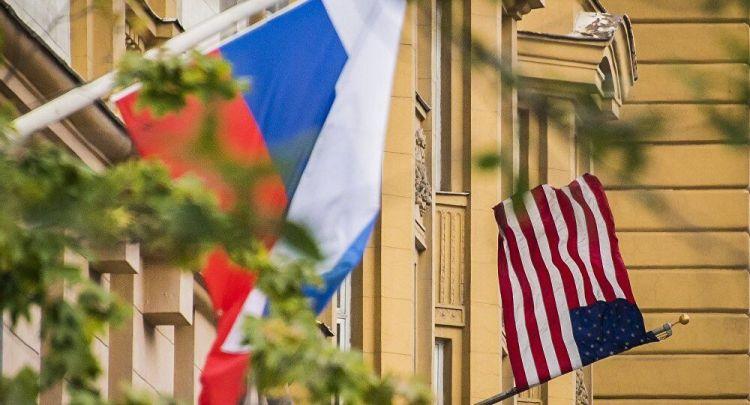 俄外长:普京与特朗普百分之百不会允许俄美军事对抗