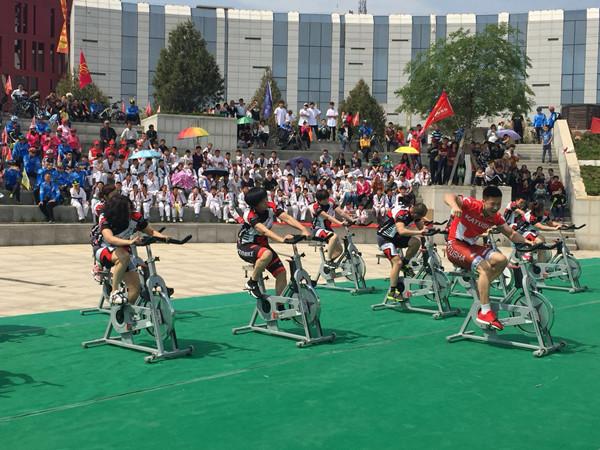 济南市第八届全民健身运动会广场健身舞大赛圆满结束
