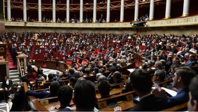 法国避难与移民法案通过:帮助非法移民无罪
