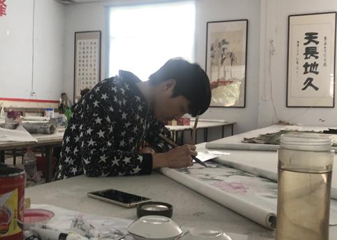 山东巨野有一批农民画师,画出5亿元产值