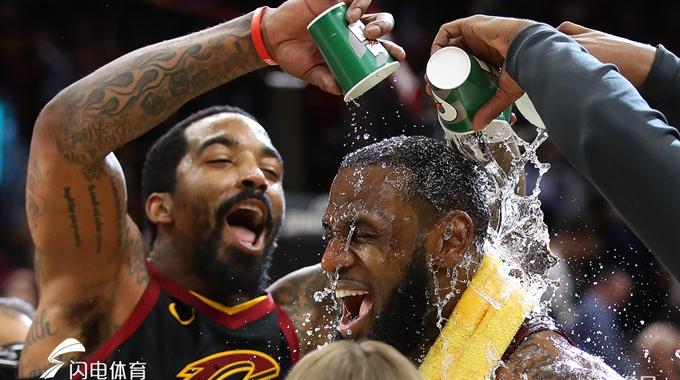 NBA季后赛东部G5:詹皇三分绝杀 骑士98-95步行者