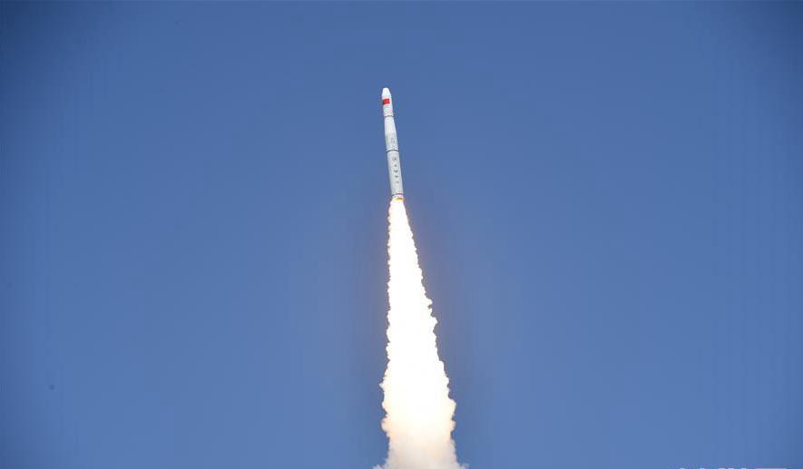 """我国""""一箭五星""""成功发射""""珠海一号""""02组卫星"""