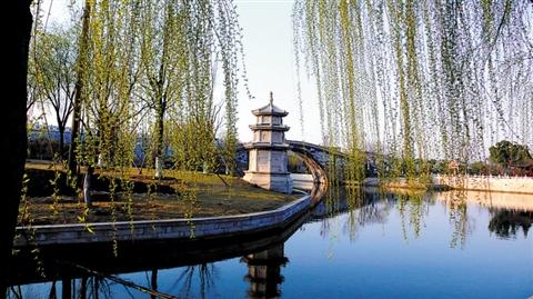 隶属东昌府区,是国家4a级旅游风景区,其东,南,北分别以聊城市区