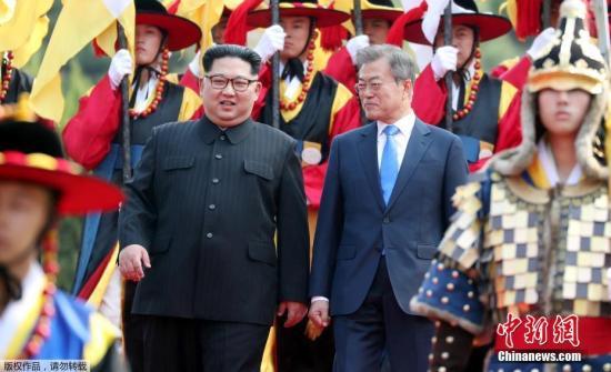 韩朝商定将定期举行首脑会谈 连接两国间铁路道路