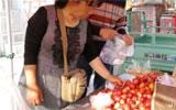 聊城:节日市场供应充足 时令水果最受欢迎