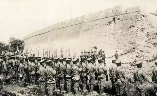 映像齐鲁|1928,被日军炮火破坏的济南古城