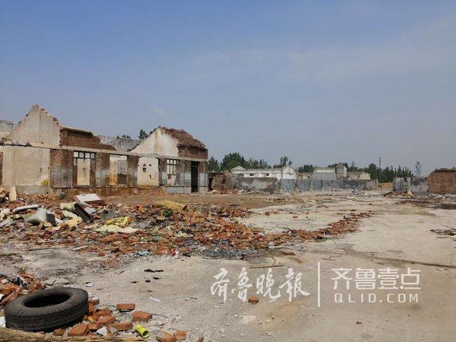 网红吴家堡:村民拿着八百万补偿款还干原来的五金店