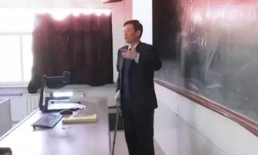 """奋斗在淄博 媒体在行动丨苏同安:""""有涯""""荣业绘就""""无涯""""华章"""