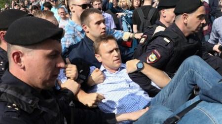 普京就职典礼前 其最大政敌因非法集会再被捕