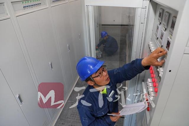 济南轨道交通R1线有了电力保障 首个110千伏变电站送电