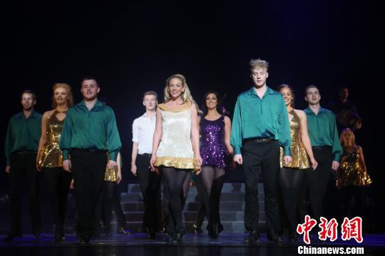 经典踢踏舞剧《命运之舞》青海上演 展爱尔兰国粹魅力