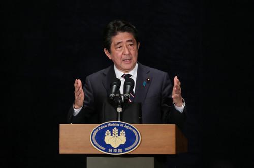 """日媒:安倍""""外交成果""""赢国内好评内阁支持率未继续下滑"""