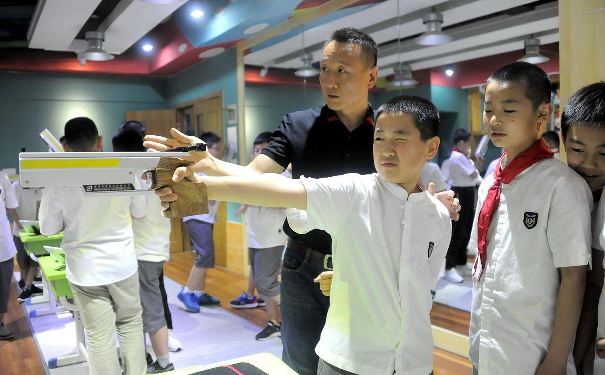 济南开设省内首家小学射击课 '金牌'教练来指导