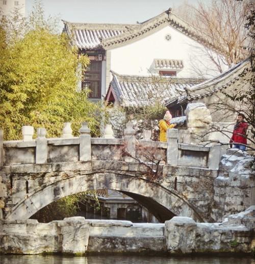 泉边|这条隐身趵突泉的街,曾是老济南热爱的繁华地