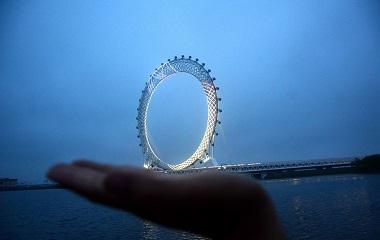 世界最大无轴式摩天轮在潍坊投入使用