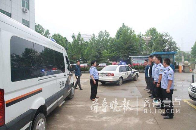岱岳区法院开展执行活动 拘留拘传2人