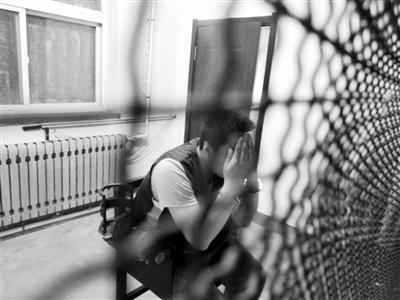 4名老乡组织开锁入室盗窃落网 其中一人曾月入过万