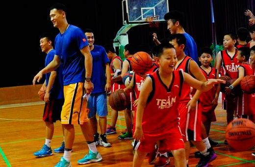 """小篮球撬动大梦想 吴轲篮球训练营聊城""""选材组队"""""""