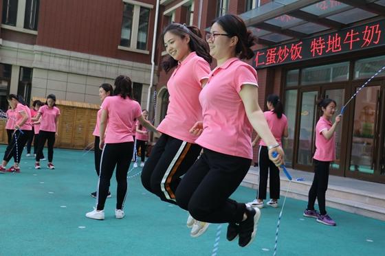 保利华庭幼儿园举办专项体育项目培训