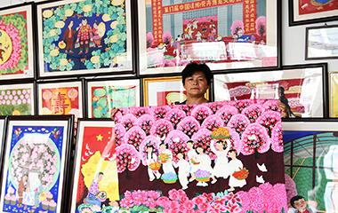 成立农民画院 潍坊青州农民画年交易额6000多万