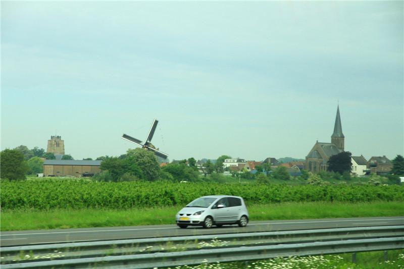 6、荷兰:风车、木鞋、郁金香---