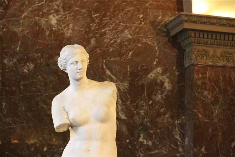 48、卢浮宫镇馆之宝维纳斯雕塑