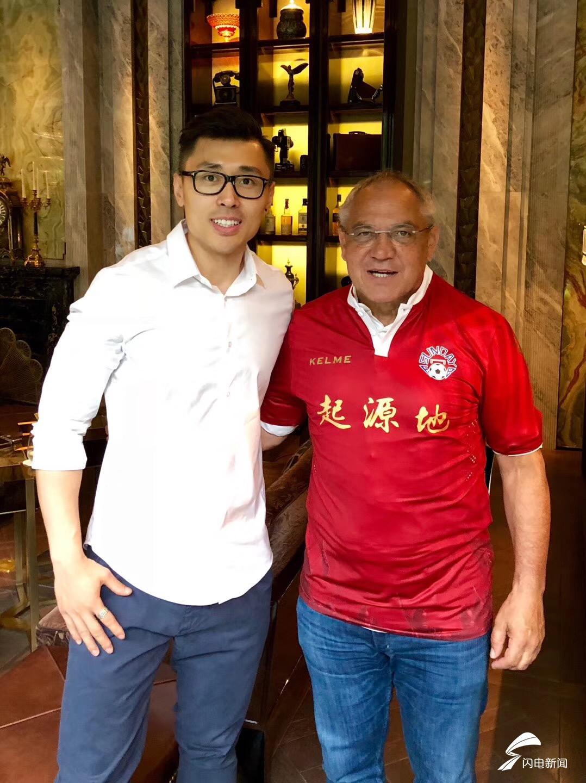 昔日鲁能主帅马加特重返中国 在上海穿上中乙队球衣
