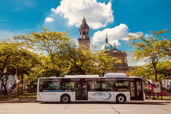 电动化立体化智能化 比亚迪3.0交通解决方案首次在海外落地997