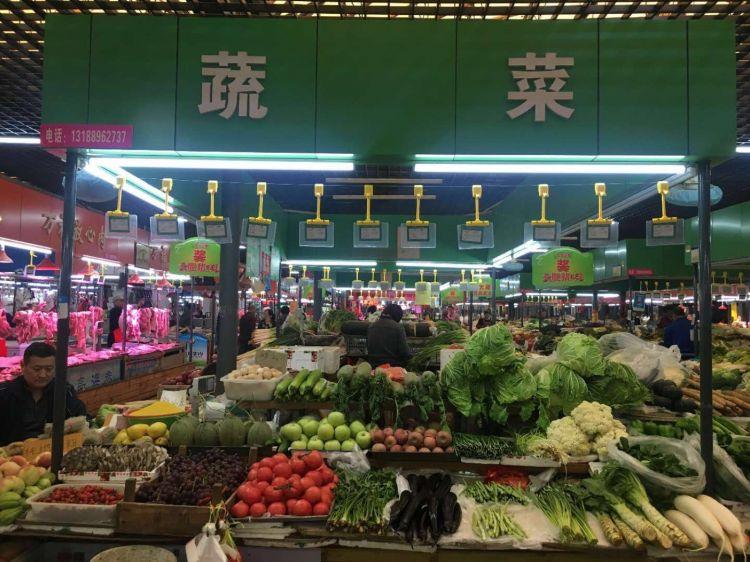 5月份青岛主要食品价格稳中有降 鲜果类价格涨跌互现