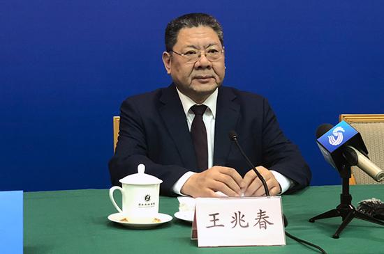 山东省促进中小企业发展领导小组办公室主任、省中小企业局局长 王兆春