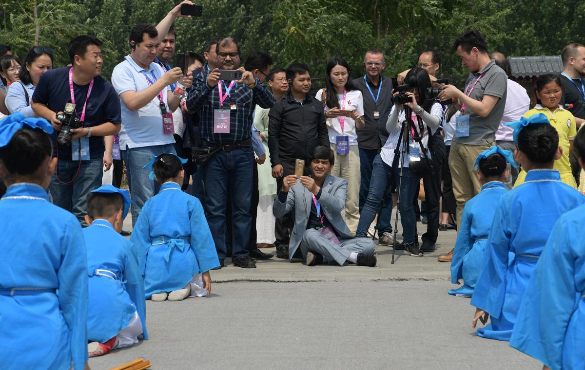 相约上合·感知山东|上合组织媒体友人山东探寻传统文化奥秘