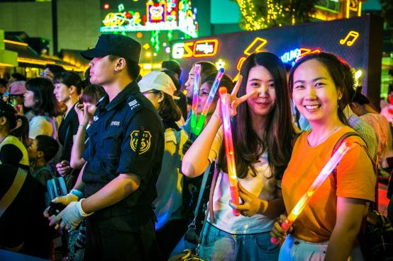 【新闻稿】动静正当红2018款帝豪GS上市音乐派对济南站活动511