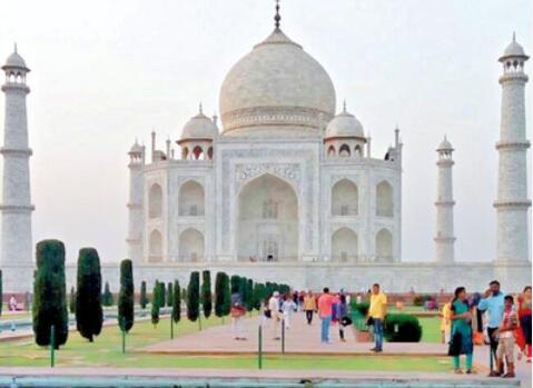 """回应古迹变色质疑 印度政府将用科学研究""""确定""""泰姬陵颜色"""
