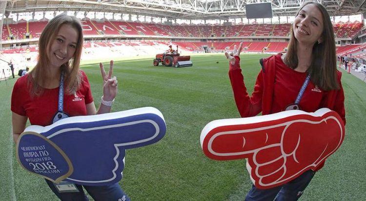 世界杯临近 俄罗斯志愿者人数已超700万人