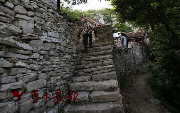 古村寻踪 杨集庵:11位老人的高山守望