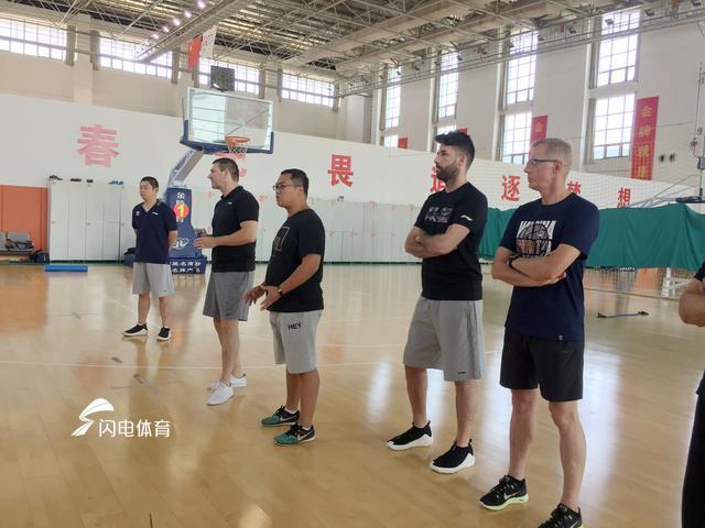 高速男篮备战两将回归 传闻签约福建国手尚不属实