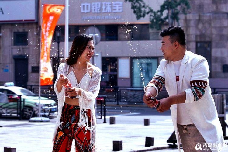 """高清:23℃爽爽初夏 逛中山路感受""""老街里""""的慢生活"""