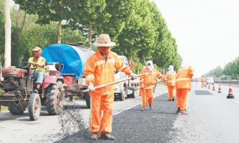 国省道桓台段第一批季节性小修工程收尾