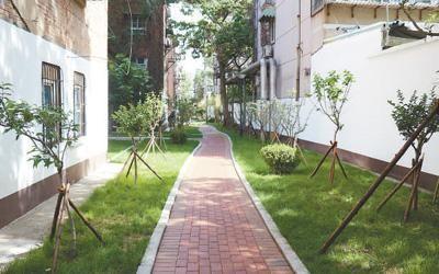 市中区二七新村街道铁一社区梦新街。