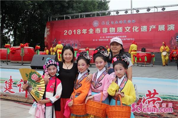 东营区三中参加全市非物质文化遗产展演获称赞