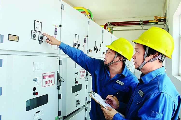 国网莱芜供电公司开展特巡保障中考用电