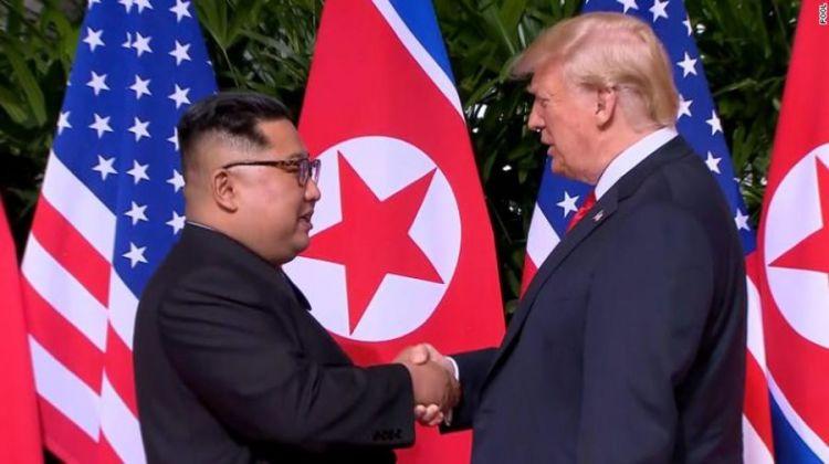 罕见场景:朝美都摆放对方国旗,但两国尚未建交