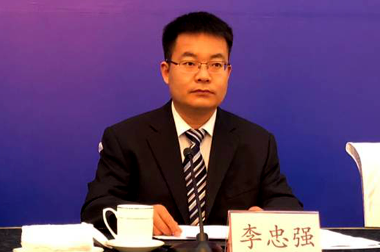 山东省农业厅农村经济经营管理处处长 李忠强